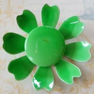 Vintage 1960's Happy Daisy Flower Pin Brooch Pin